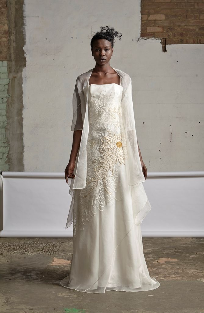Akira 2015SS: 107/S159044U Draped Jacket 109/S151439LE Hand Embroidered Strapless Gown