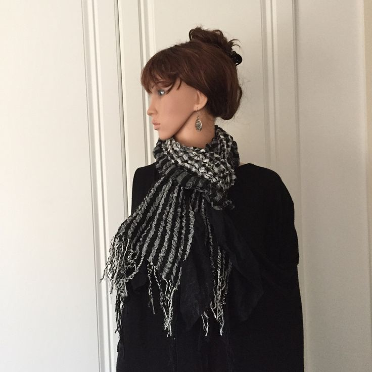 Scarf for Wintry Days in Black and Grey Check Design
