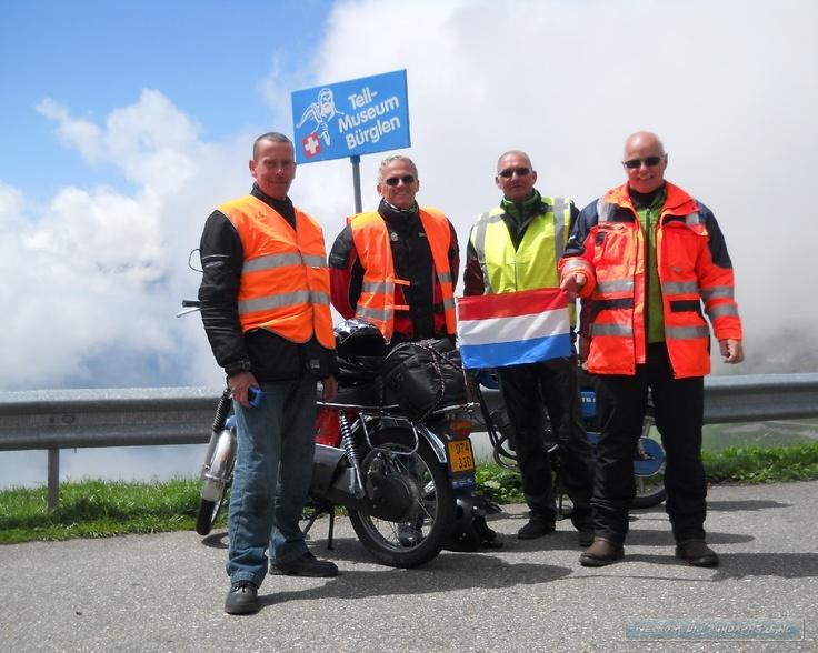 Naar Zwitserland 2012 met de 50cc.