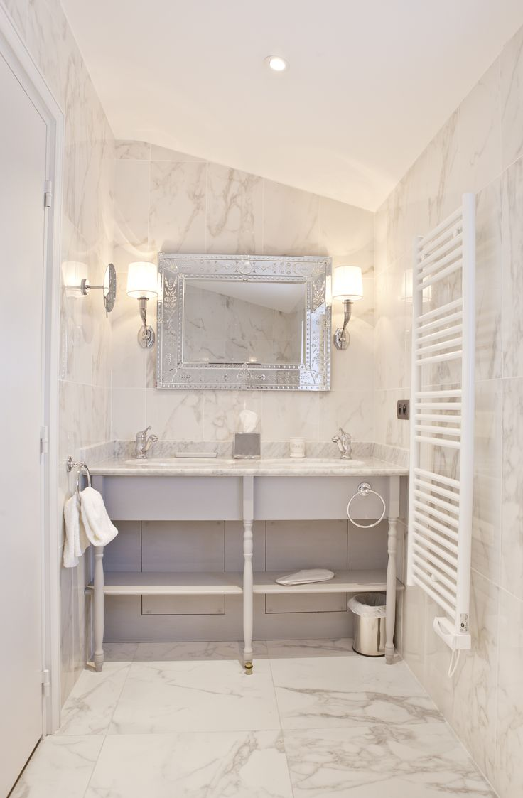 Deluxe Collection in Hôtel Château de Drudas (FR). Studio ph2b chose our  marble