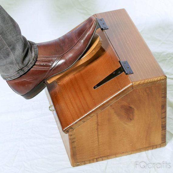 Wooden Shoe Shine Box - Large enclosed storage compartment ...