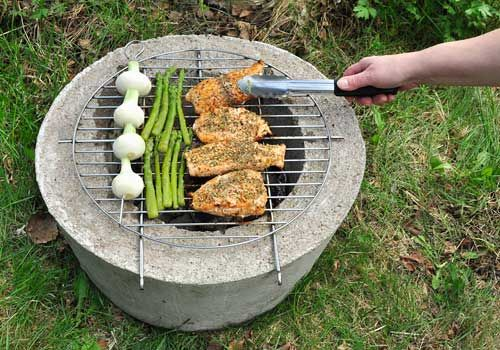 DIY|Concrete grill, in swedish but with explaining pics. En liten grill gjuter själv på en dag.