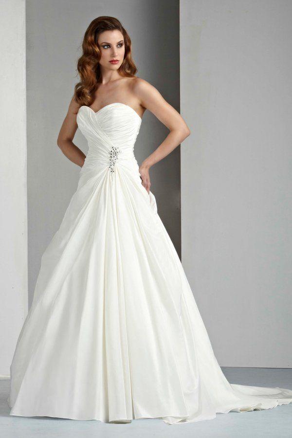 Style 50028 by DaVinci Bridal