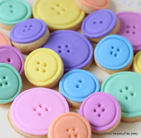 15 Cute As a Button Cookies