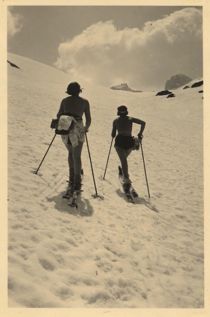 vintage ski - spring skiing
