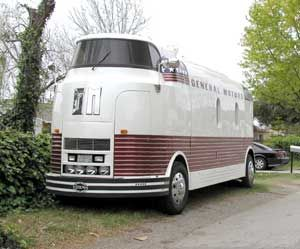 Very rare GM Dreamliner motor home conversion. Hard to believe this thing is 75 years old!
