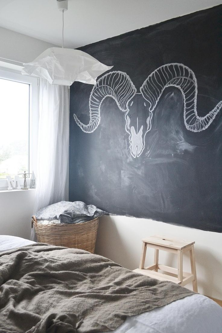 17 best ideas about chalkboard bedroom on pinterest for Cool designs for bedroom walls