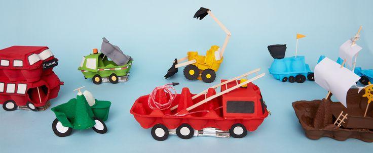Maak van eierdozen je eigen treinen, auto's, vliegtuigen en zelfs vrachtwagens. 8 voertuigen om met de kids thuis te knutselen en een heleboel te recyclen.