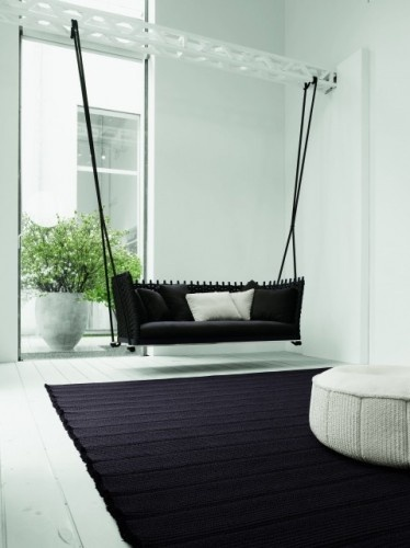hanging couch: Decor, Modern Living Rooms, Idea, Couch, Interiors Design, Indoor Swings, House, Porches Swings, Sofas