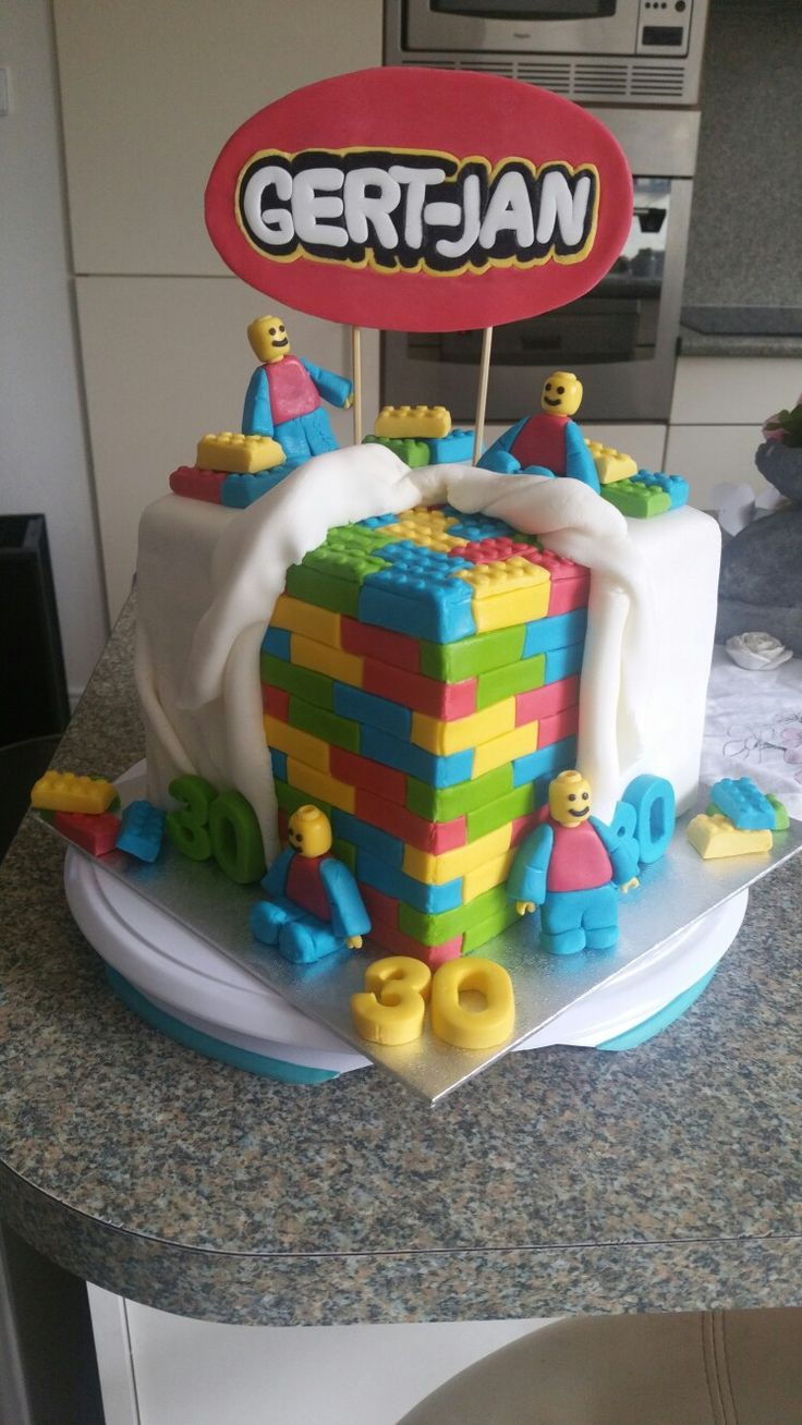 17 Best Ideas About Lego Birthday Cakes On Pinterest