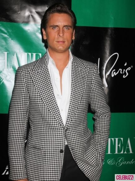 And another amazing ensemble! Can't stand him but he sure knows how to dress!!     scott disick fashion style