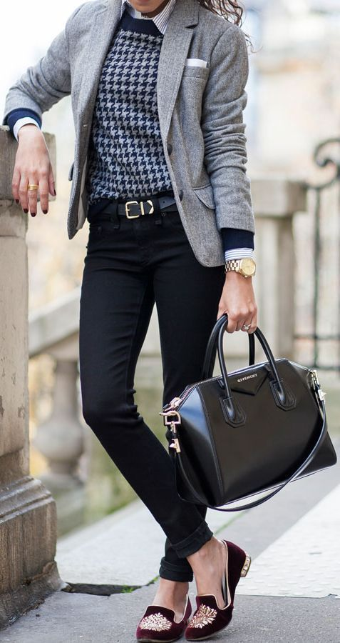 Work wear outfit   Belted jeans   Casual friday   Blazer   Black belt   Office style