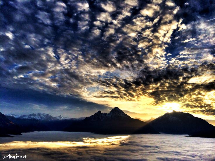 Watzmann Hochkalter Funtenseetauern Steinernes Meer Wolken Himmel Wolkenhimmel Sonnenuntergang Sky Sea Clouds Sundown Wolkenmeer Sunset Nature Natur Landschaft Landscape Magic Alpen Alps Berchtesgaden Bayern Bavaria  Silhouette Photography Fotografie
