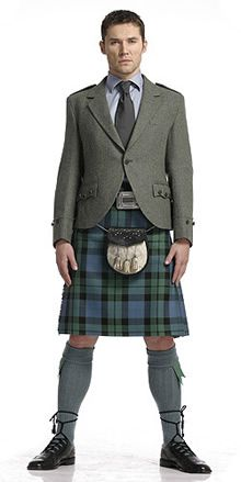 Nothing sexier than a man in a kilt...been trying to get my hubby to wear one for years