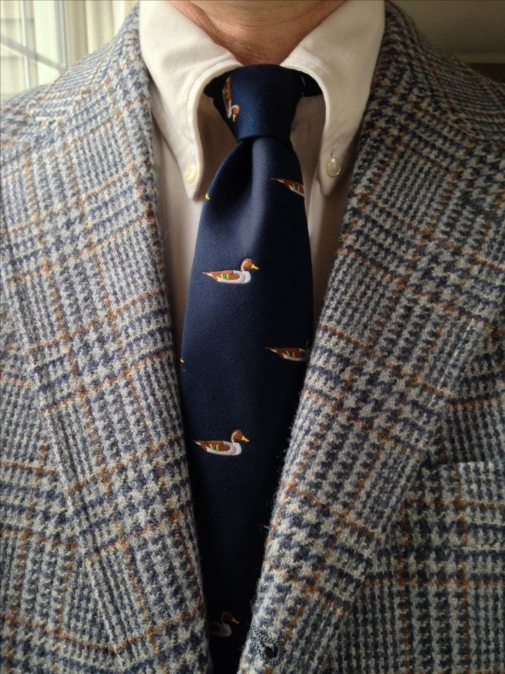 J. Press 3/2 tweed sack jacket, Brooks Brothers ecru OCBD, Pintail emblematic tie.