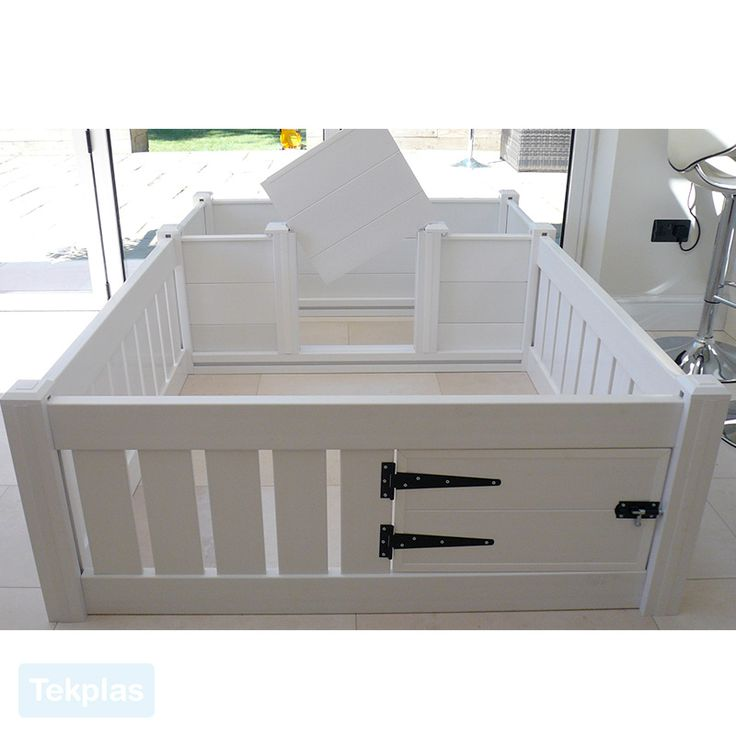 With our Plastic Whelping Box and Puppy Playpen we can also supply an extra panel & two posts if required so that the whelping box and play pen can also be used as two separate items.  We can also offer a floor in the whelping box area and play pen area if required, please contact us.