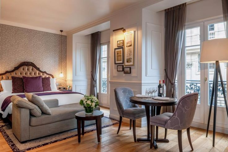 Classy hotel in Paris / hotel in paris, modern, trend2018 / #modernchairs #besthotel #interiordesign / See also: http://www.designcontract.eu/hospitality/stunning-boutique-hotels-lovely-paris/?preview_id=10108&preview_nonce=2d6fcfd483&post_format=standard&_thumbnail_id=10127&preview=true