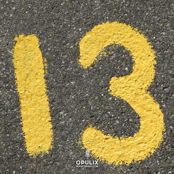 Existen varias supersticiones relacionadas con este número que vienen desde la antigüedad y que están fuertemente arraigadas en nuestra cultura y creencias.
