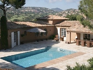 Provencal farmhouse, 4 bedrooms, pool, quiet in the greenery Holiday Rental in Sainte-Maxime from @HomeAwayUK #holiday #rental #travel #homeaway