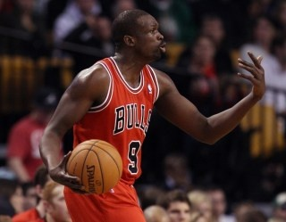 Luol Deng to lead trio of NBA players on British Olympic team. This is beyond stupid for Deng. He needs to rest up and get surgery.