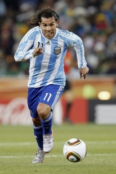 Carlitos,tenés que volver a la Selección! / Carlitos,you have to come back to the team!