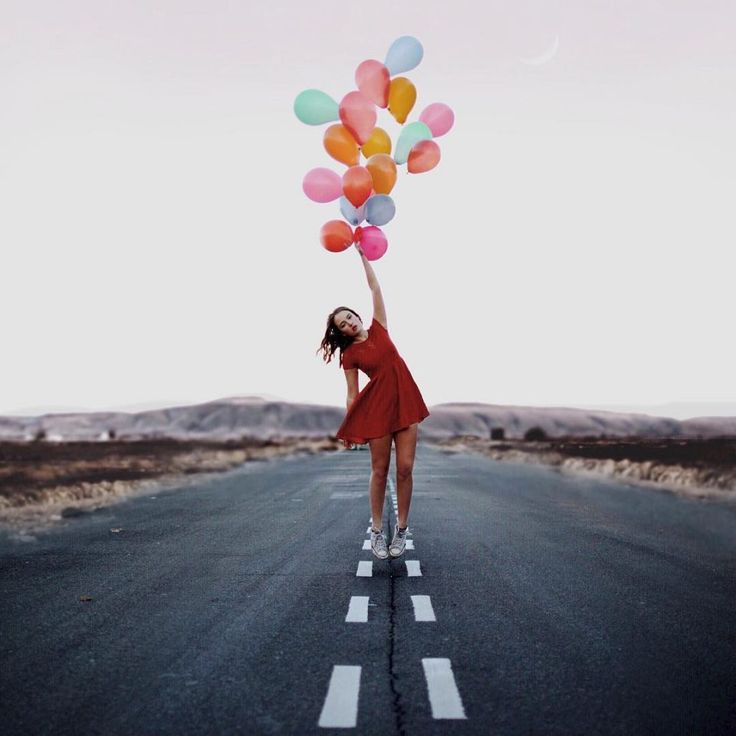 MAKE SOMEONE SMOL FLOAT WITH BALLOONS WITH A COOL BACKGROUND Incredible Manipulated Self-Portraits by Annegien Schilling