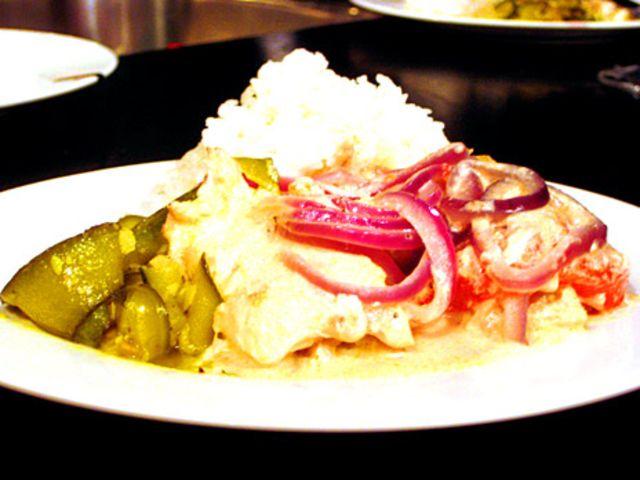 Ugnsbakad fisk med senapsgrädde (kock Monika Ahlberg)