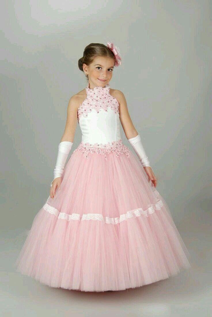 Mejores 10 imágenes de Beautiful Gown for Girl Kids en Pinterest ...