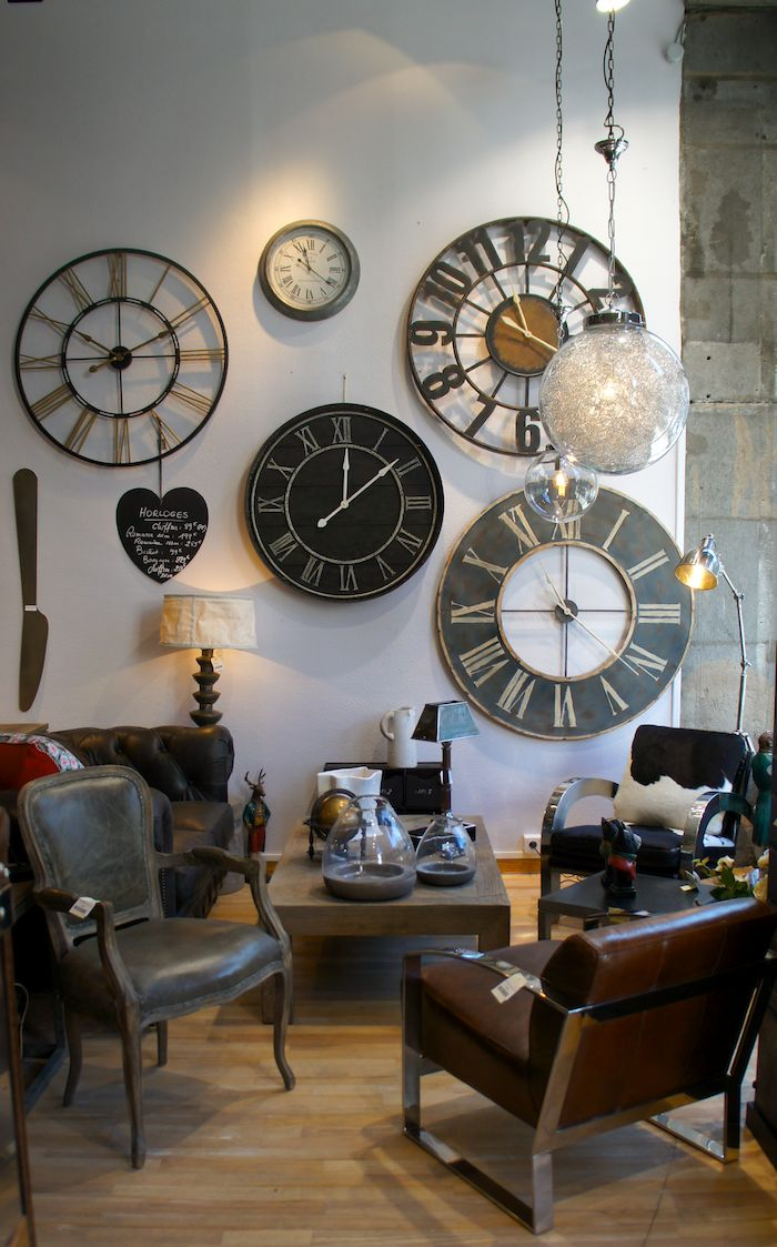 les 25 meilleures id es de la cat gorie horloge murale vintage sur pinterest horloge. Black Bedroom Furniture Sets. Home Design Ideas