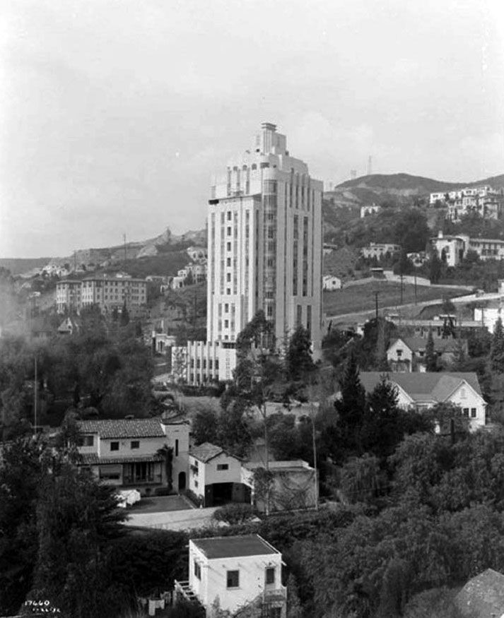 Memoriastoica Sunset Towers Apartment Building And Neighborhood Homes With Hollywood Hills In The Background Circa More Here