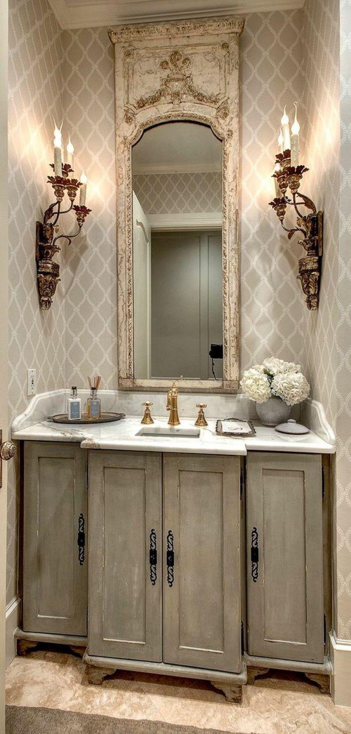 Images Photos miroir salle de bain clairant dans un style shabby chic avec des chandeliers de style ancien