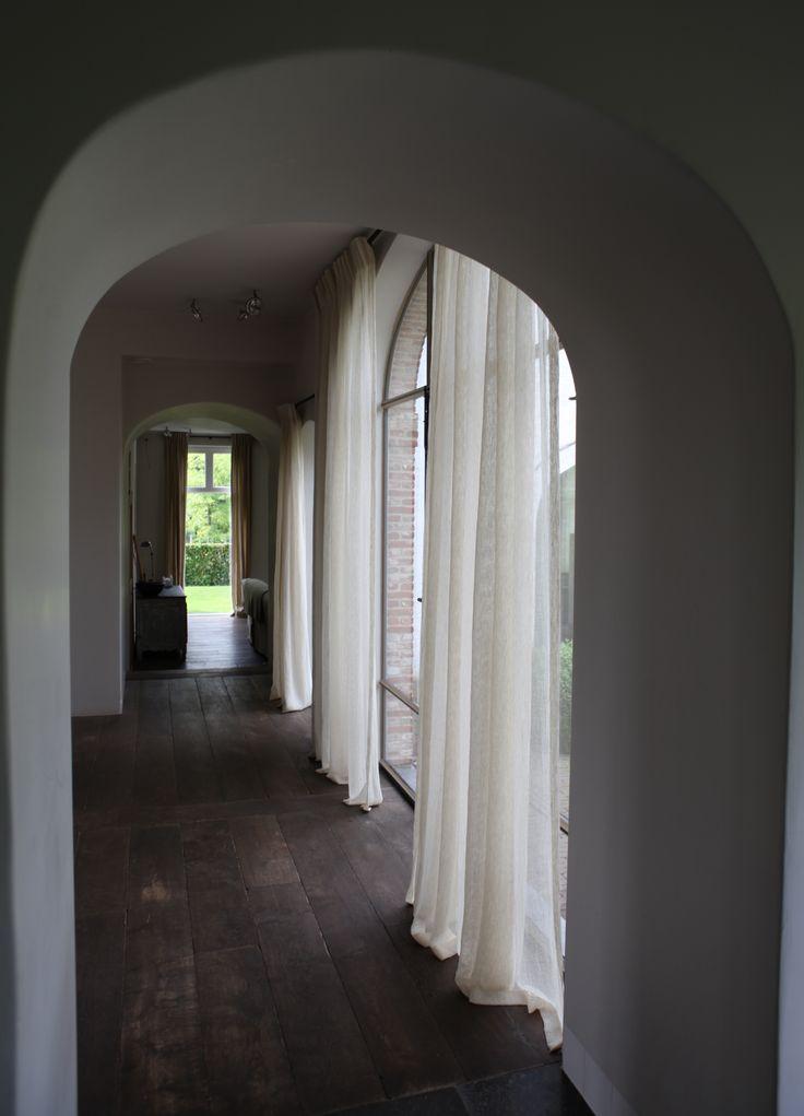 17 beste idee n over voile gordijnen op pinterest grote gordijnen pinch plooi gordijnen en - Decoratie villas ...