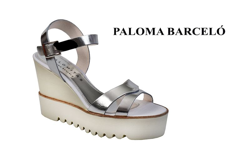 White sole, comfortable touch and silver straps in a pair for all day long! Shop your unique pair of style in Thessaloniki in Galleria Di Scarpe.