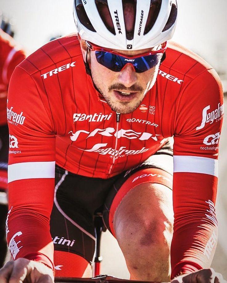 John Degenkolb Trek Segafredo new @santini_cycling 2018 kit