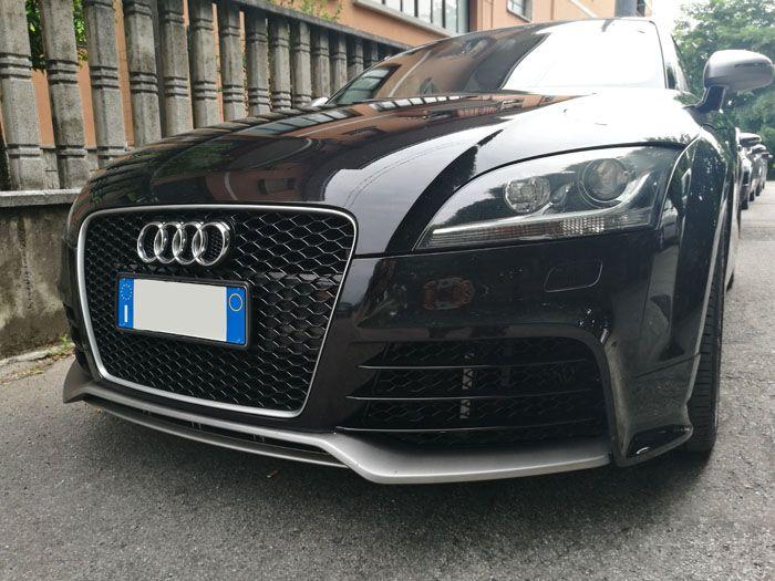 Audi TT Specchietti, Minigonna e Paraurti . Il nostro laboratorio utilizza solo pellicole per Wrapping di altissima qualità.