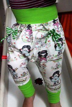 Freebook Kinder Mädchen Jungen Hose free pattern kostenlos Schnittmuster