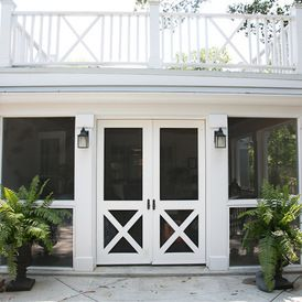 Double Screen Porch Doors   Larger Gas Lanterns Needed On Each Side On  Column