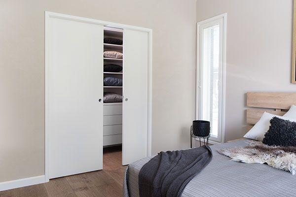 JELD-WEN-liukuovi Steady-lujalaakaovi 411 maalattu valkoinen http://www.jeld-wen.fi/ovet/sisaovet/sisaovivalikoima/tuotesivu/?productId=3481