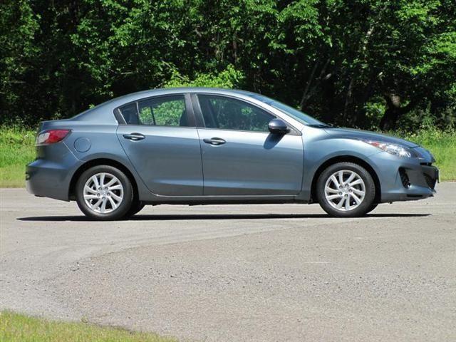 2012 Mazda MAZDA3 i Touring - $11,965