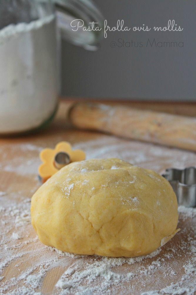 Pasta frolla ovis mollis ricetta base co n tuorli sodi fecola zucchero a velo semplice veloce economica Statusmamma blogGz Giallozafferano