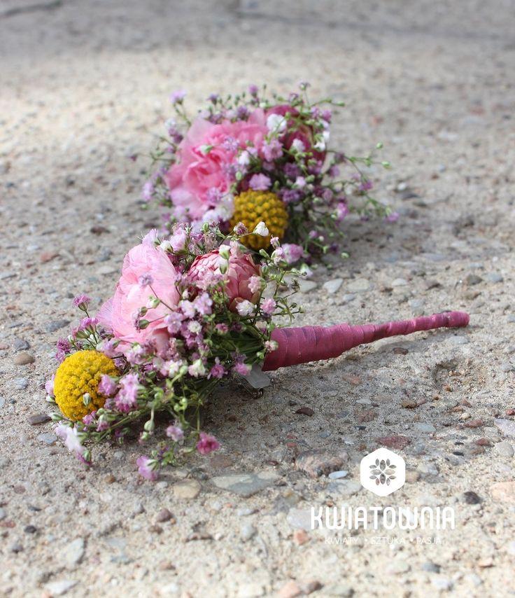 #kwiatownia #kwiaty  #car #decor #decoration #weeding #flowers #bouquet #bridal #bride #bridesmaid #wreath # flowerdesign #weedingday #art #instaflowers #instagood #facebook #natural #love #kompozycja #tabledeco #table #buttonhole #buttonholes