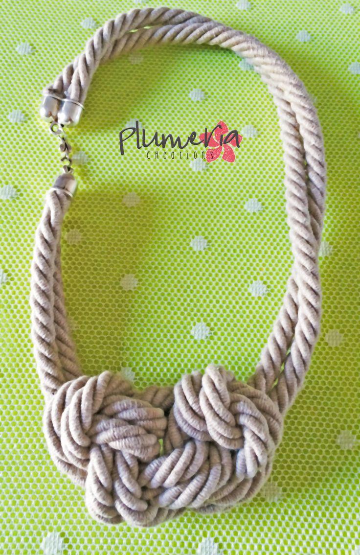 Maxi Collana di corda con grande nodo di PlumeriaCrS su Etsy