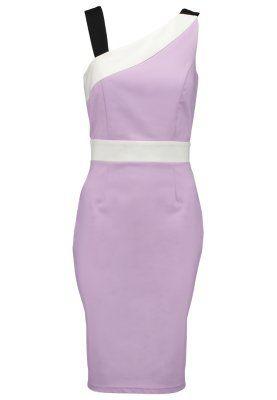 Este vestido es para el cuerpo ques está a una fiesta. Es púrpura. Es un poco simple en mí opinión.