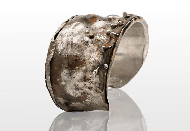 Textured bracelet by American jewelry artist Joyce N. Ryan, Atlanta, GA, USA
