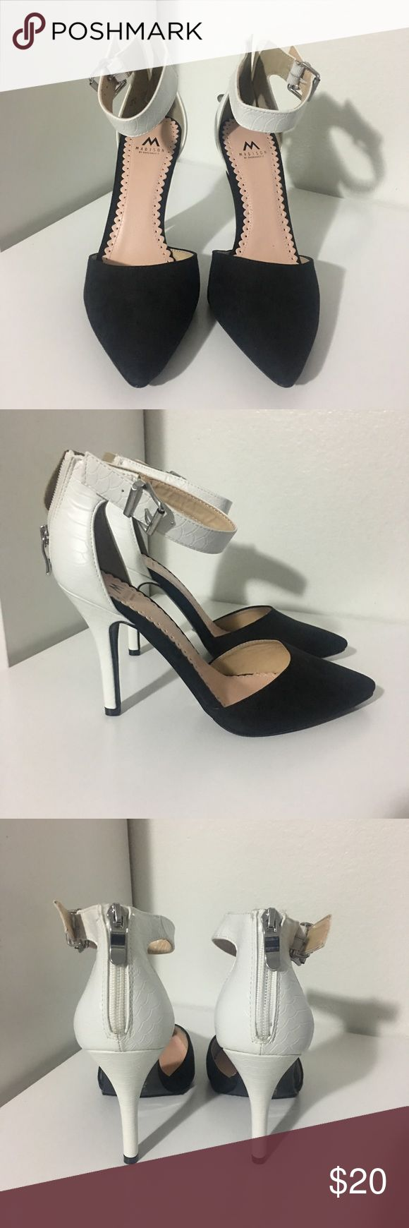 Heels Black and white heels, never been used but shoe box not included, ShoeDazzle bag included. Shoe Dazzle Shoes Heels