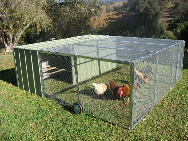 Awesome rolling chicken coop homesteading chick fil a for Portable chicken yard