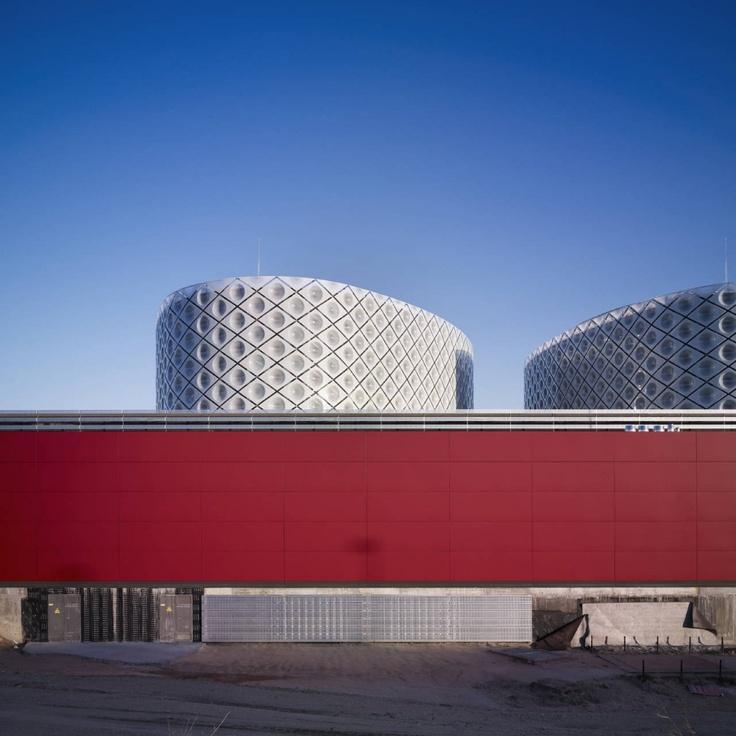 Rey Juan Carlos Hospital in Madrid by Rafael De La-Hoz