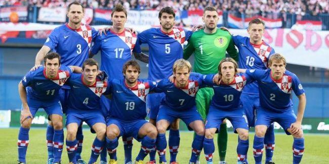 Hırvatistan Milli Takım teknik direktörü Niko Kovac, 2014 FIFA Dünya Kupası için 30 kişilik aday kadroyu belirledi.  2014 FIFA Dünya Kupası A Grubu'nda ev sahibi Brezilya'nın yanı sıra Meksika ve Kamerun ile karşılaşacak olan Hırvatistan'ın kadrosu şu şekilde.  http://www.foreverbesiktas.net/hirvatistan-kadrosunu-acikladi/