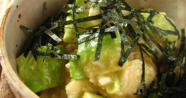 長芋とアボカドをさっぱりとした和風ドレッシングで和えました。わさびを効かせて味のアクセントに♪