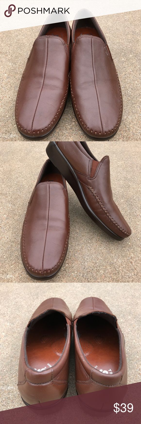 SAS Tripad Women's Mules Slip On Brown Leather Lovely SAS Tripad women's shoes mules brown leather comfort foot bed loafer slip on loafer. Size 10M. Condition. Pre-owned, normal wear, in good condition. SAS Tripad Shoes Flats & Loafers